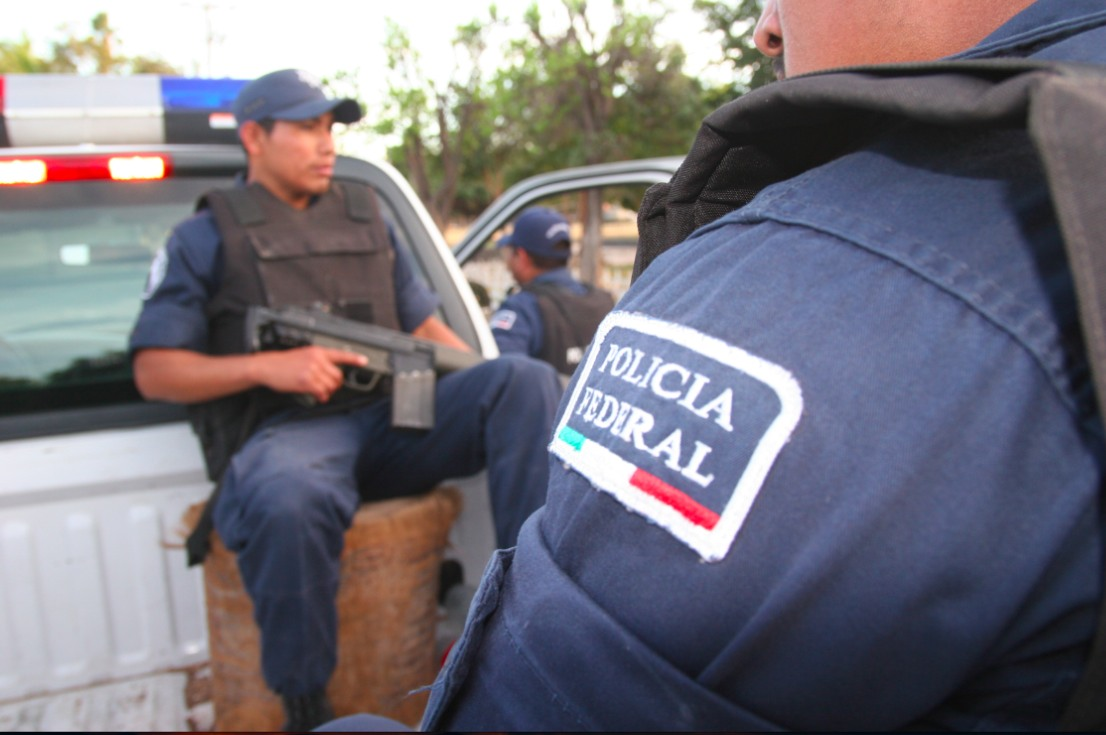 Mexican federal police agents, like these photographed in Culiacán, Sinaloa, were involved in a shootout with suspected cartel gunmen last week in Guadalajara, Jalisco.