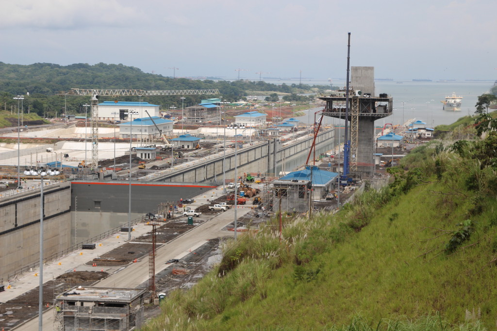 The Panama Canal's post-Panamax locks at Gatún are under construction near the canal's Atlantic entrance. (Lorne Matalon)